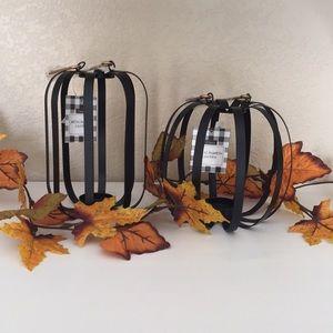 🍁 TARGET (2)  Metal Pumpkin Lanterns - NWT
